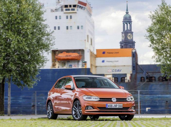 Nuova Volkswagen Polo 2018: prova su strada, motori e prezzi - Foto 14 di 34
