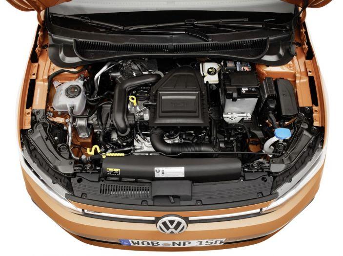 Nuova Volkswagen Polo 2018: prova su strada, motori e prezzi - Foto 23 di 34