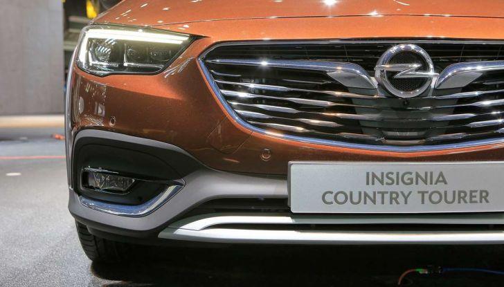 Opel Insignia Country Tourer, la versione per tutti i terreni - Foto 12 di 13