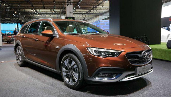 Opel Insignia Country Tourer, la versione per tutti i terreni - Foto 1 di 13