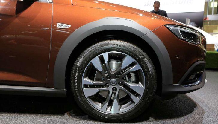 Opel Insignia Country Tourer, la versione per tutti i terreni - Foto 13 di 13