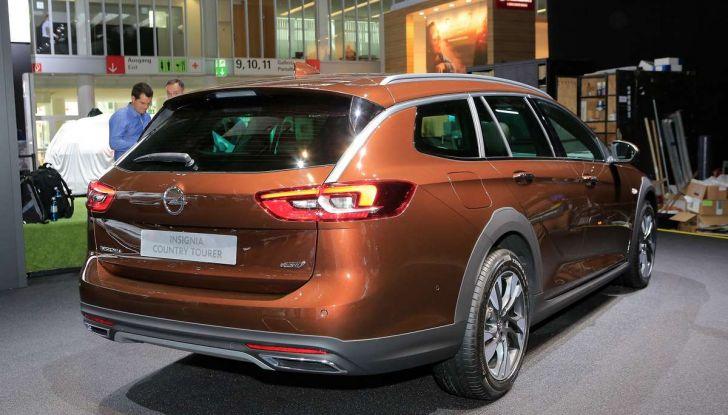 Opel Insignia Country Tourer, la versione per tutti i terreni - Foto 3 di 13