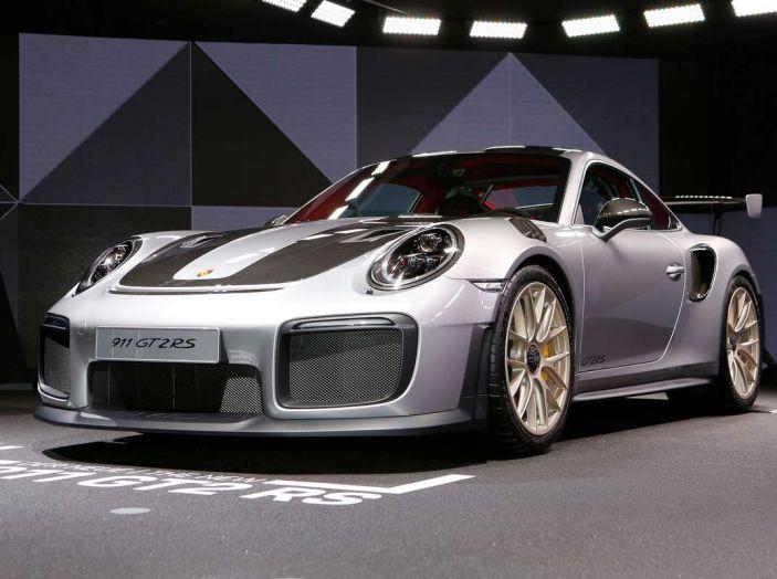 Porsche 911 GT2 RS - Foto 6 di 10