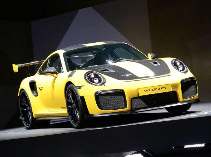 Porsche 911 GT2 RS - Foto 10 di 10
