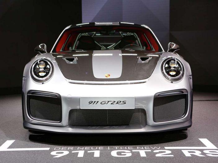 Porsche 911 GT2 RS - Foto 3 di 10