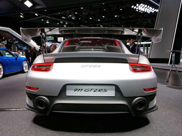Porsche 911 GT2 RS - Foto 8 di 10