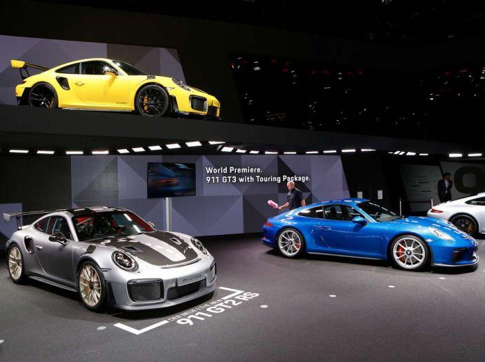Porsche 911 GT2 RS - Foto 9 di 10