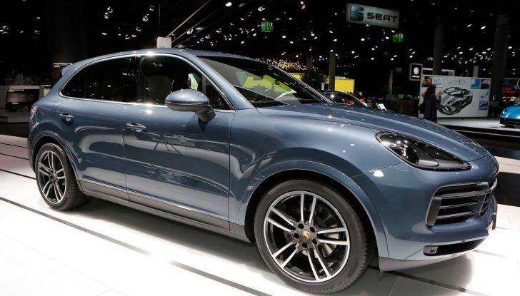 Nuova Porsche Cayenne, arriva la terza generazione del SUV tedesco - Foto 2 di 13