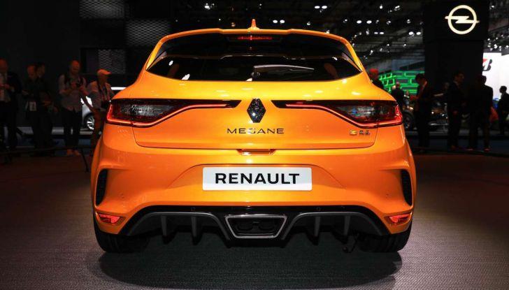 Renault Megane RS MY 2018: i test su strada della hatchback sportiva - Foto 16 di 19