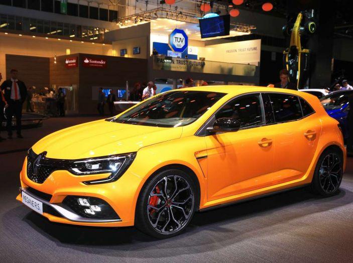 Renault Megane RS MY 2018: i test su strada della hatchback sportiva - Foto 12 di 19