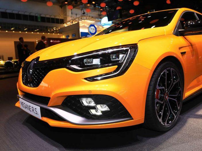Renault Megane RS MY 2018: i test su strada della hatchback sportiva - Foto 11 di 19