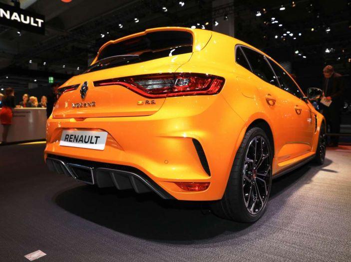 Renault Megane RS MY 2018: i test su strada della hatchback sportiva - Foto 4 di 19