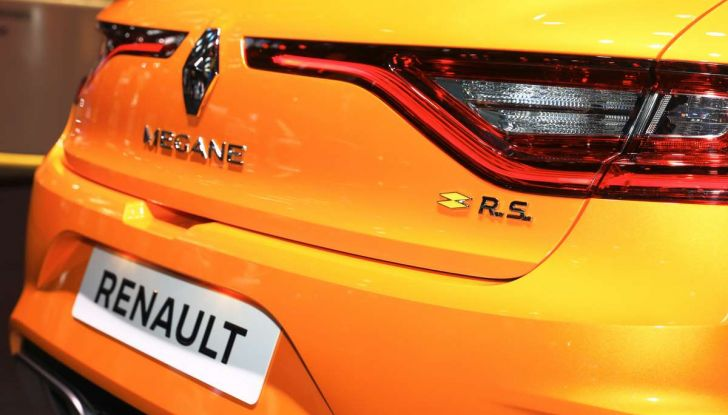Renault Megane RS MY 2018: i test su strada della hatchback sportiva - Foto 5 di 19