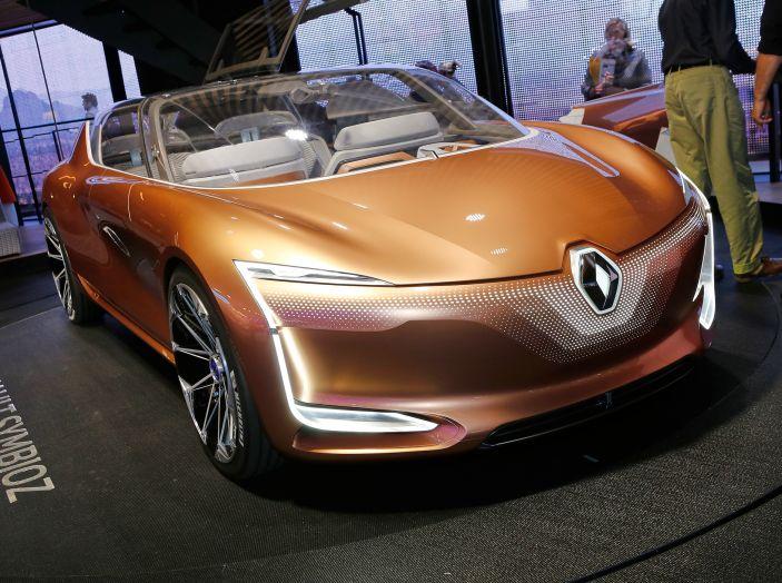Renault Symbioz, concept per la mobilità del futuro