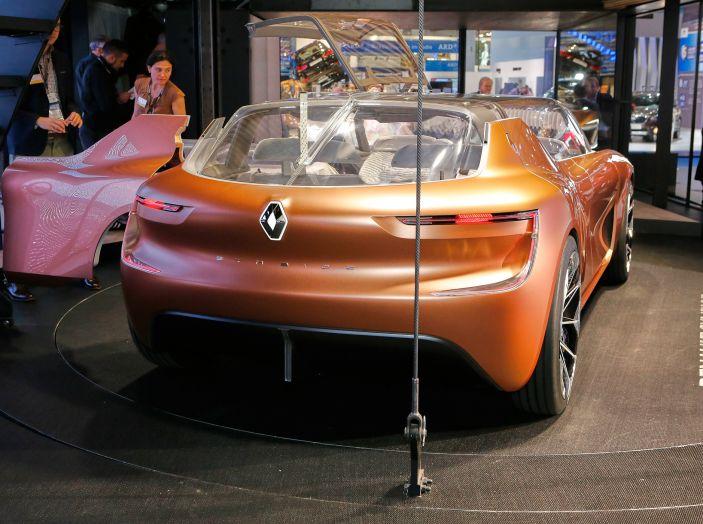 Renault Symbioz, concept per la mobilità del futuro - Foto 9 di 13