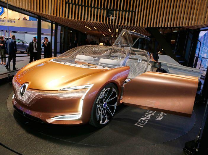 Renault Symbioz, concept per la mobilità del futuro - Foto 11 di 13