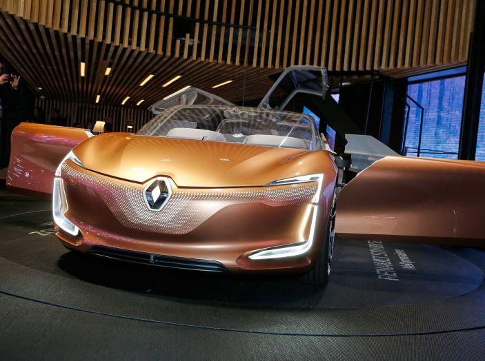 Renault Symbioz, concept per la mobilità del futuro - Foto 4 di 13