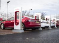 Supercharger Tesla, no all'utilizzo commerciale