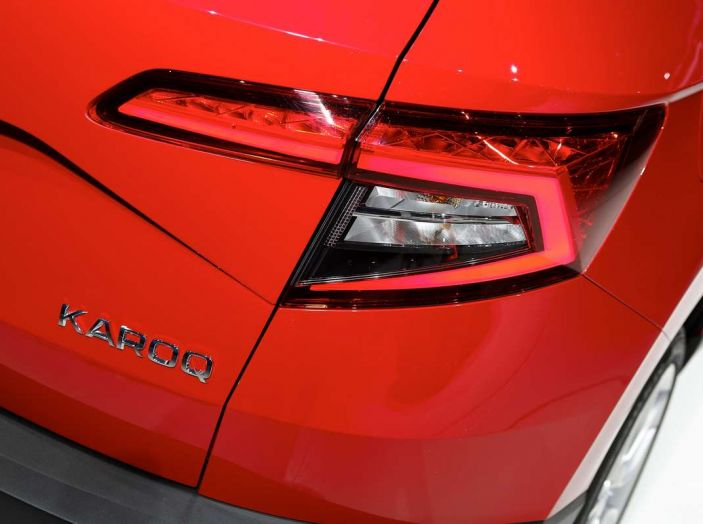 Skoda Karoq: il SUV compatto con nuovi motori e tanto spazio - Foto 5 di 15