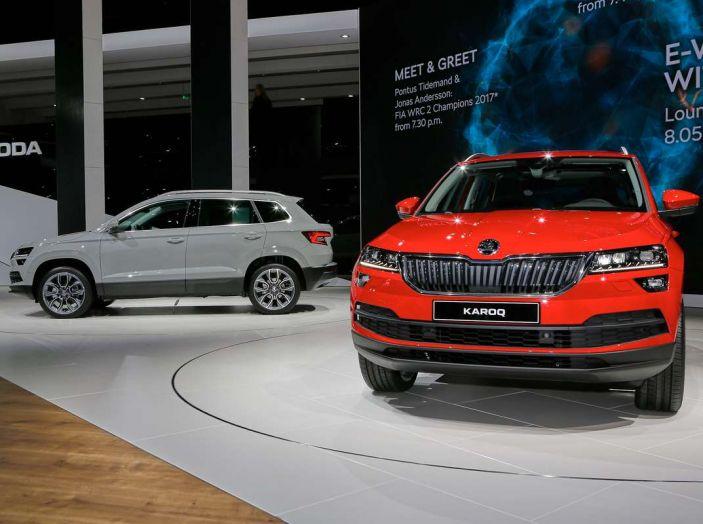 Skoda Karoq: il SUV compatto con nuovi motori e tanto spazio - Foto 1 di 15