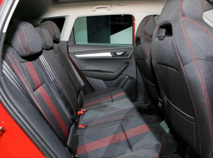 Skoda Karoq: il SUV compatto con nuovi motori e tanto spazio - Foto 15 di 15