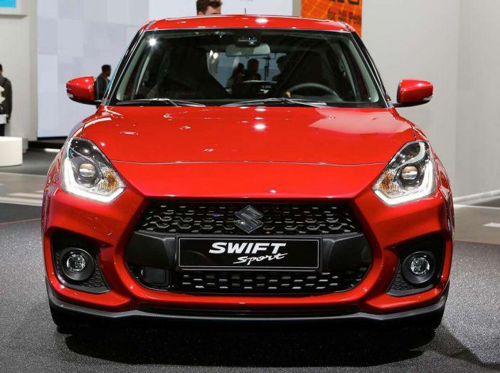 Nuova Suzuki Swift Sport 2017, dettagli, prezzi e motori - Foto 2 di 12