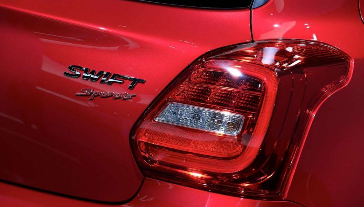 Nuova Suzuki Swift Sport 2017, dettagli, prezzi e motori - Foto 7 di 12