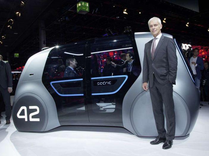 Volkswagen SEDRIC, l'elettrica a guida autonoma - Foto 2 di 10