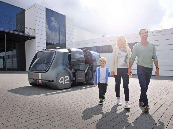 Volkswagen SEDRIC, l'elettrica a guida autonoma - Foto 8 di 10