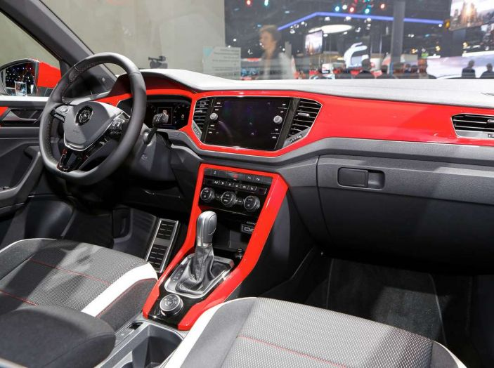 Volkswagen T-Roc 2018 - Foto 7 di 13
