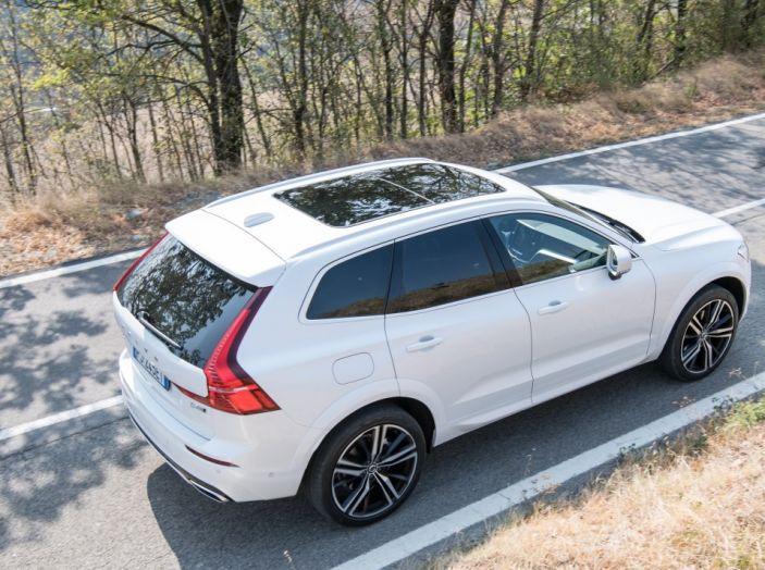 Volvo XC60 2017: Prova su strada, opinioni e prezzi del SUV svedese - Foto 23 di 35
