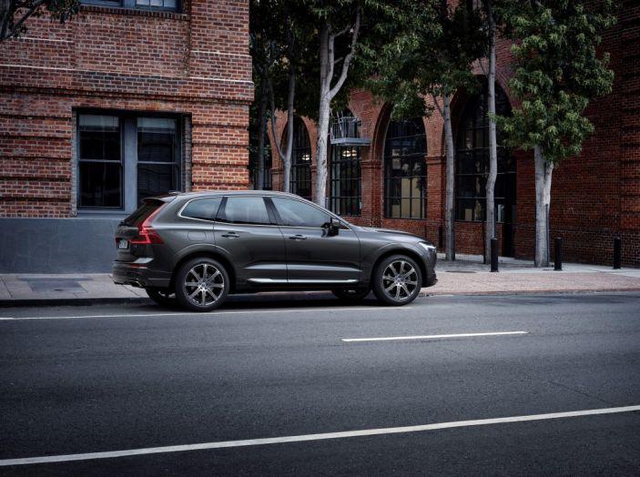 Volvo XC60 2017: Prova su strada, opinioni e prezzi del SUV svedese - Foto 29 di 35