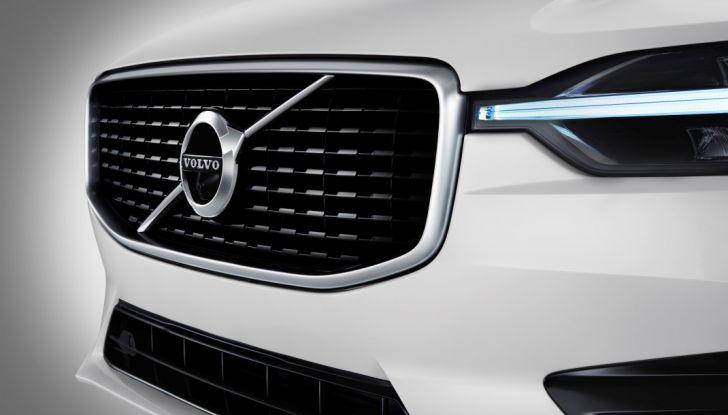 Volvo XC60 2017: Prova su strada, opinioni e prezzi del SUV svedese - Foto 33 di 35