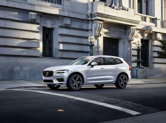 Volvo XC60 2017: Prova su strada, opinioni e prezzi del SUV svedese - Foto 34 di 35