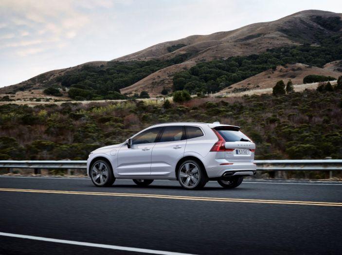 Volvo XC60 2017: Prova su strada, opinioni e prezzi del SUV svedese - Foto 35 di 35