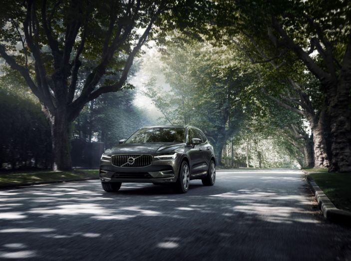 Volvo XC60 2017: Prova su strada, opinioni e prezzi del SUV svedese - Foto 6 di 35