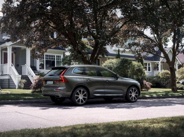 Volvo XC60 2017: Prova su strada, opinioni e prezzi del SUV svedese - Foto 11 di 35