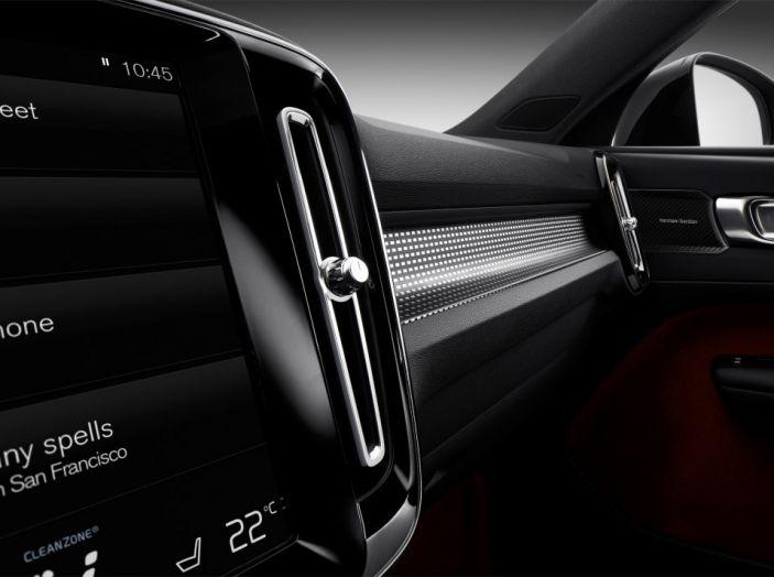 Volvo XC40 2018, arriva il crossover compatto del marchio svedese - Foto 14 di 28