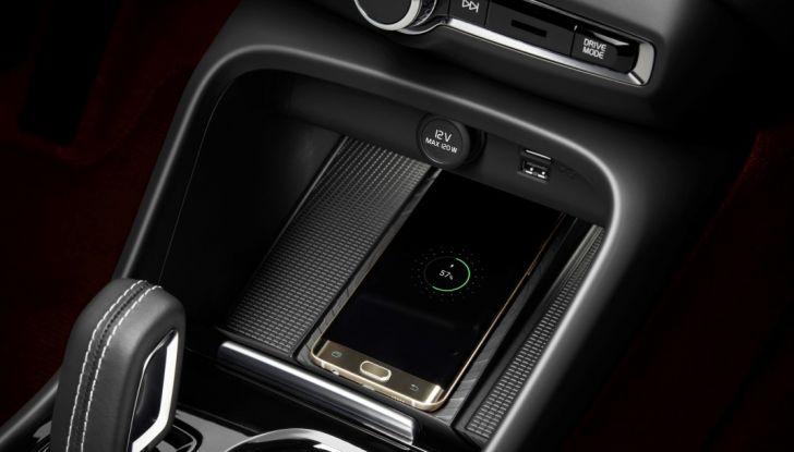 Volvo XC40 2018, arriva il crossover compatto del marchio svedese - Foto 23 di 28