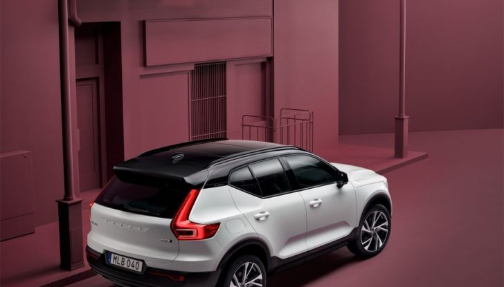 Volvo XC40 2018, arriva il crossover compatto del marchio svedese - Foto 21 di 28