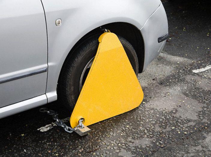 Ganasce fiscali auto, senza preavviso non sono valide - Foto 6 di 6