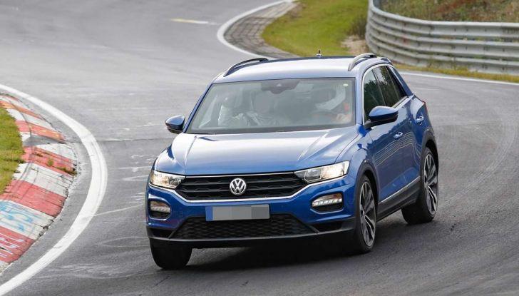 Volkswagen T-Roc R, la versione sportiva del SUV compatto - Foto 3 di 11