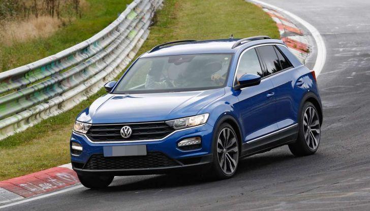 Volkswagen T-Roc R, la versione sportiva del SUV compatto - Foto 5 di 11