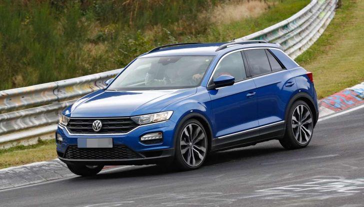 Volkswagen T-Roc R, la versione sportiva del SUV compatto - Foto 1 di 11