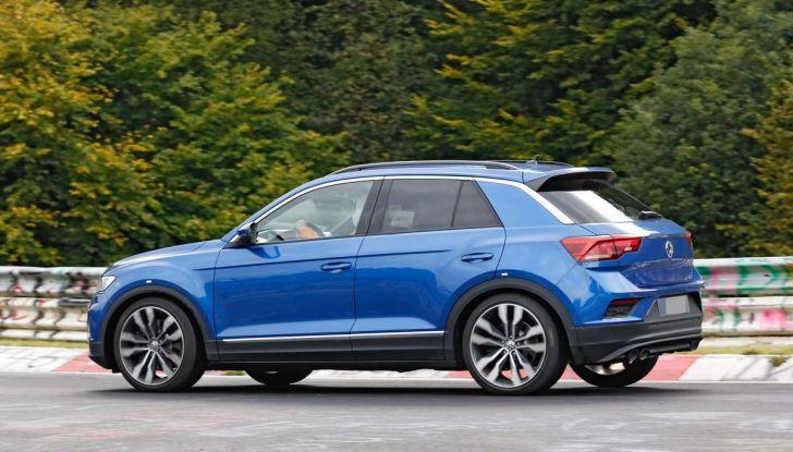 Volkswagen T-Roc R, la versione sportiva del SUV compatto - Foto 10 di 11