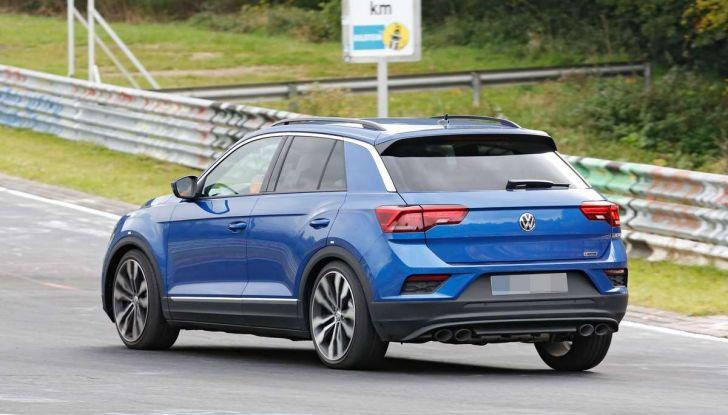 Volkswagen T-Roc R, la versione sportiva del SUV compatto - Foto 6 di 11