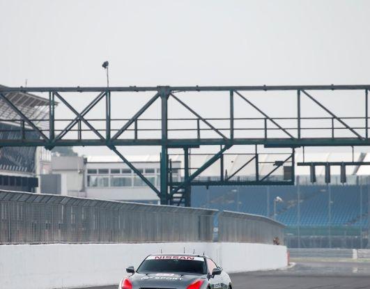 La Nissan GT-R si guida con la Playstation 4 - Foto 8 di 19