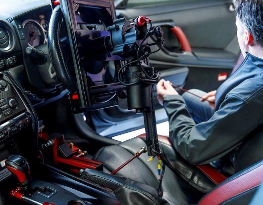 La Nissan GT-R si guida con la Playstation 4 - Foto 3 di 19