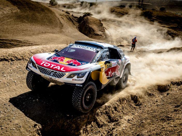 Rally del Marocco – Partenza prudente per i piloti Peugeot - Foto 1 di 3