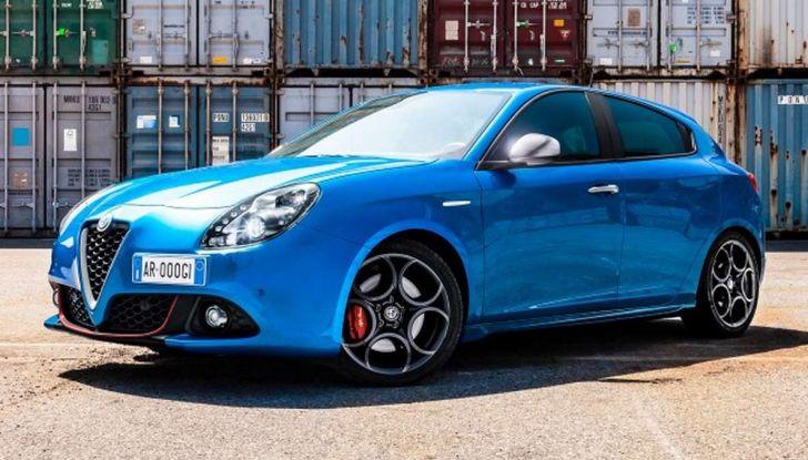 Nuova Alfa Romeo Giulietta con allestimenti Pack Tech e Pack Carbon Look - Foto 3 di 9